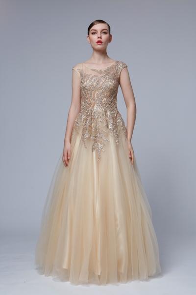 luxusné šaty pre jarný typ