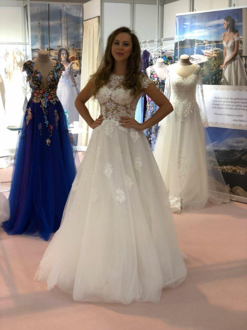 Prekrásne svadobné šaty Brooke v Essen - Annette Moretti