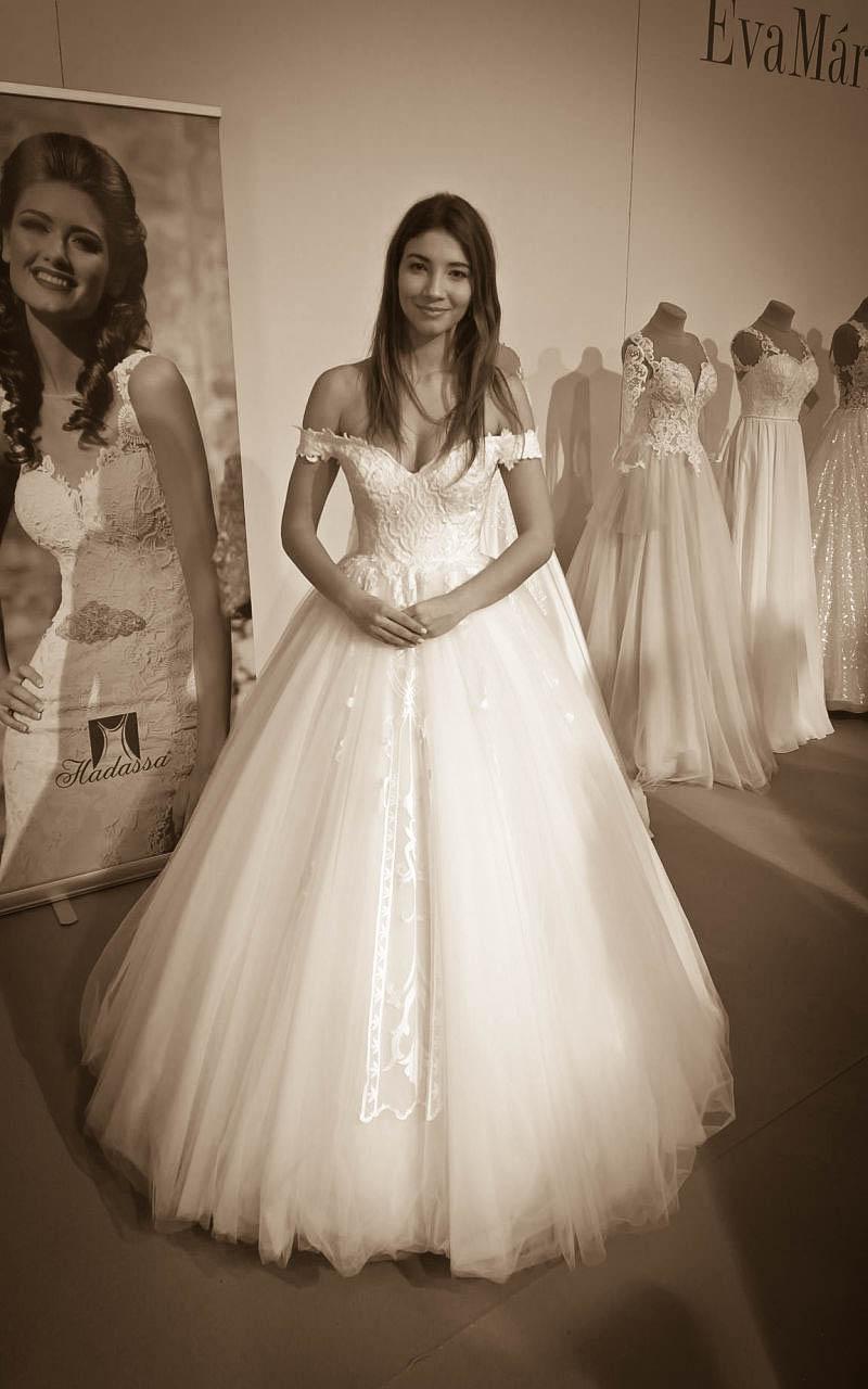 Prekrásne princeznovské šaty - Annette Moretti
