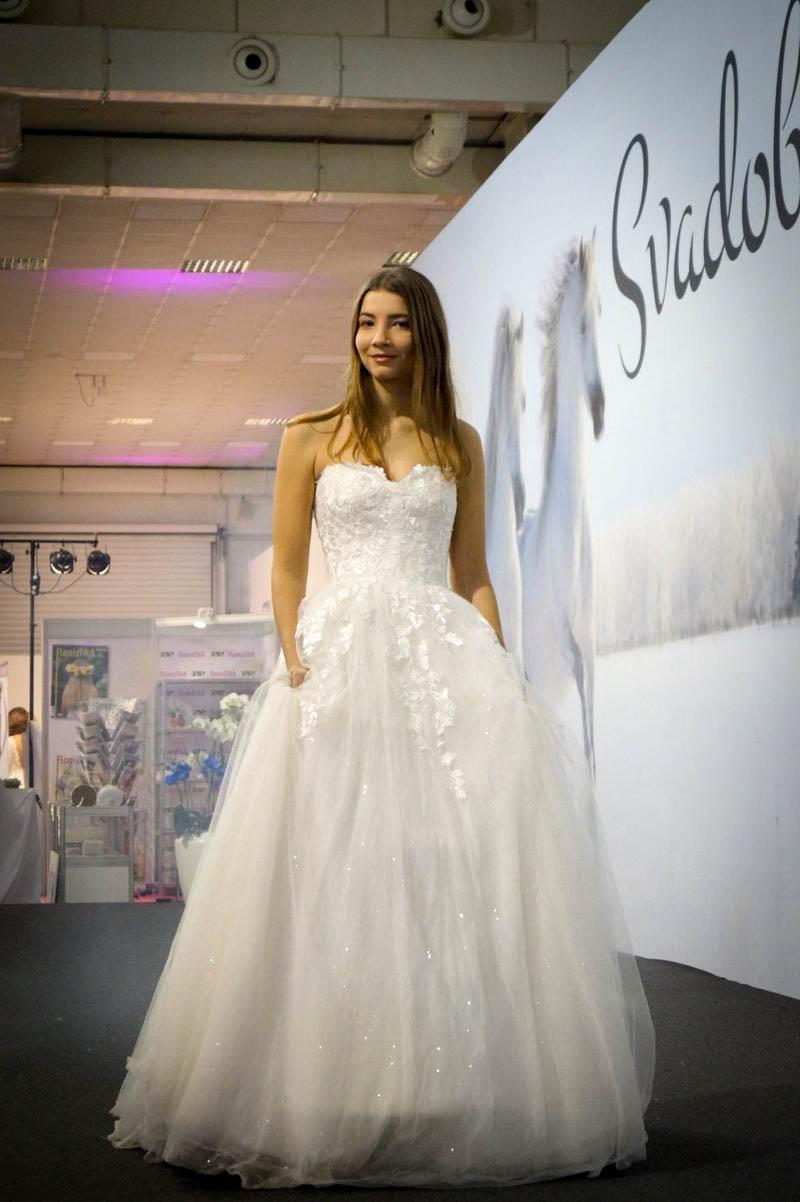 Prehliadka svadobných šiat