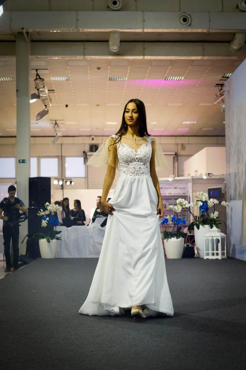 Padavé nádherné svadobné šaty pre víly