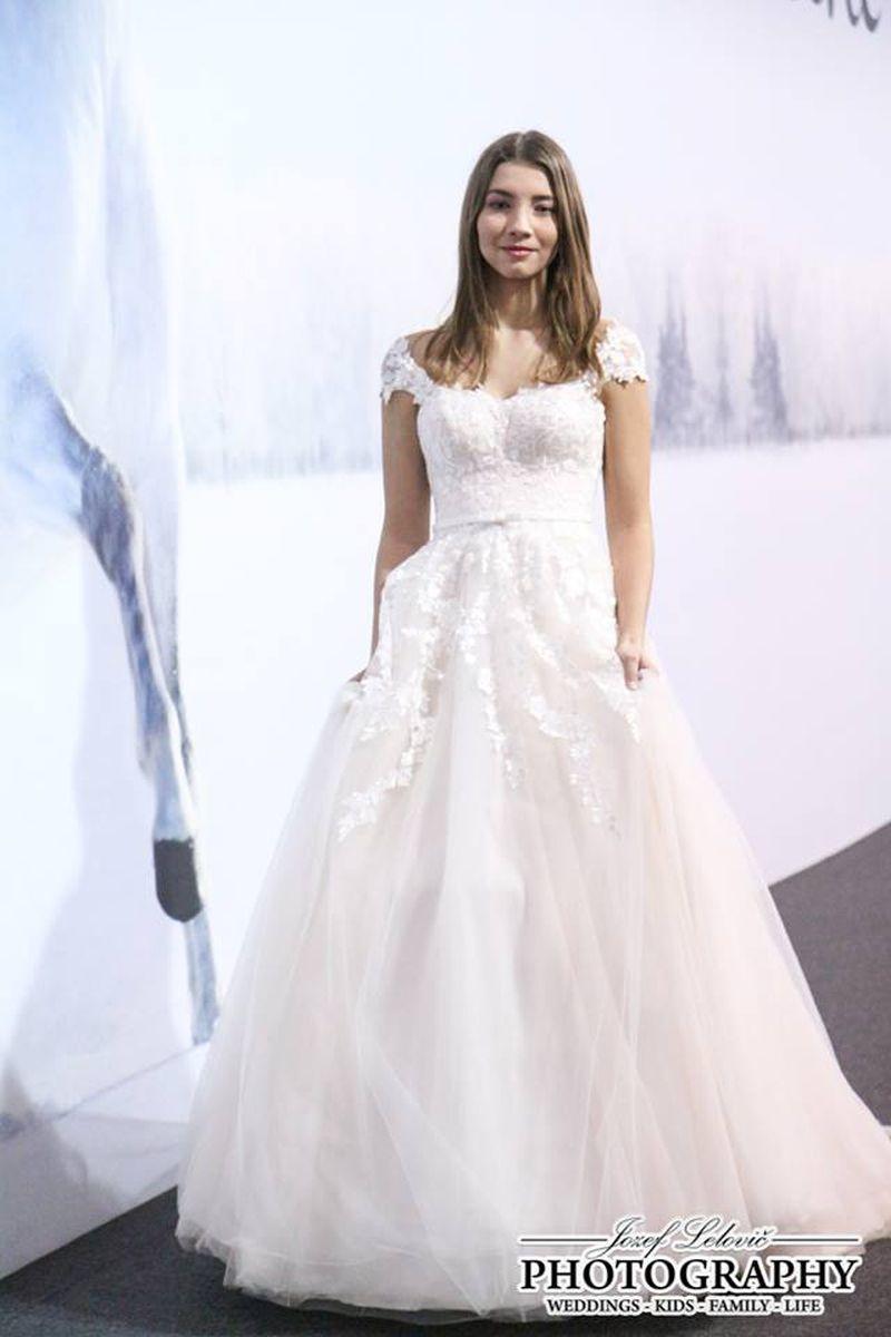 Svadobné šaty Freya