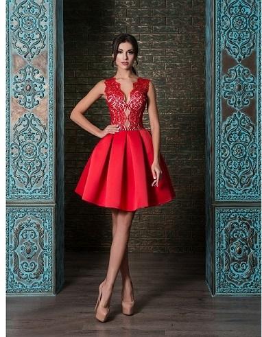 šaty na redová tanec