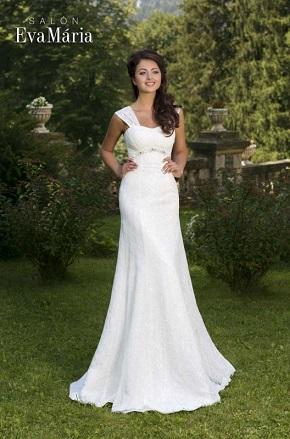 Svadobné šaty pre ploché nevesty