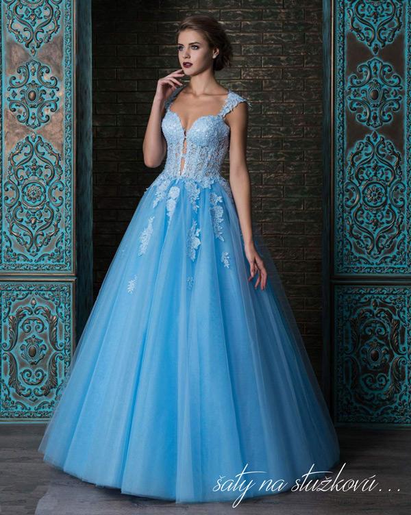 modré šaty na stužkovú s veľkou sukňou s čipkou
