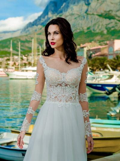 Svadobné šaty s čipkou aplikovanou na telovom tyle 2018