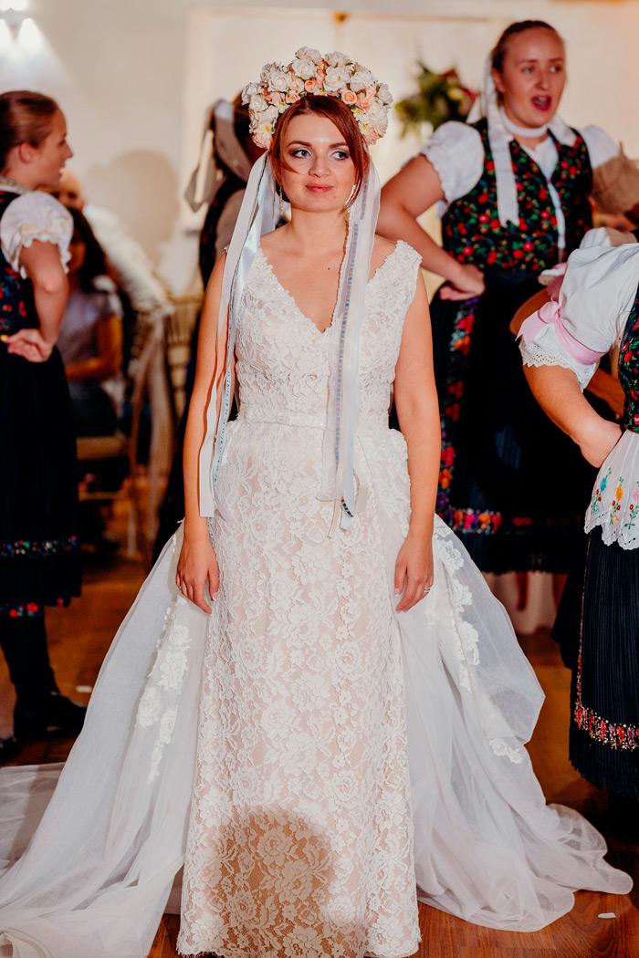 Prekrásna nevesta salónu EvaMária v šatách Ofélia