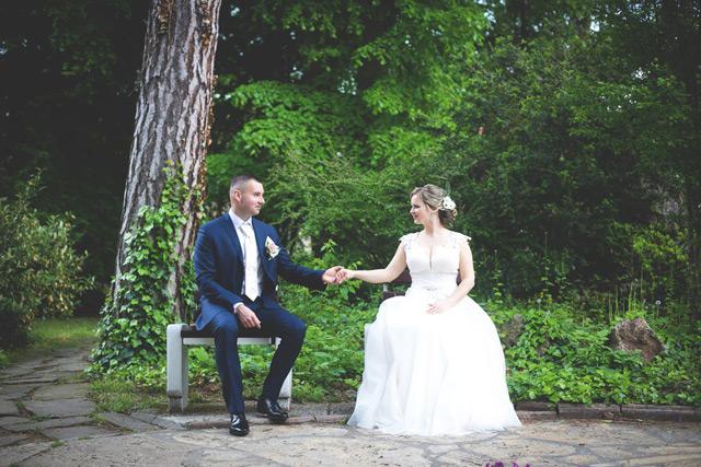 Prekrásna nevesta Alena vo svadobných šatách Dalmira zo Salónu EvaMária