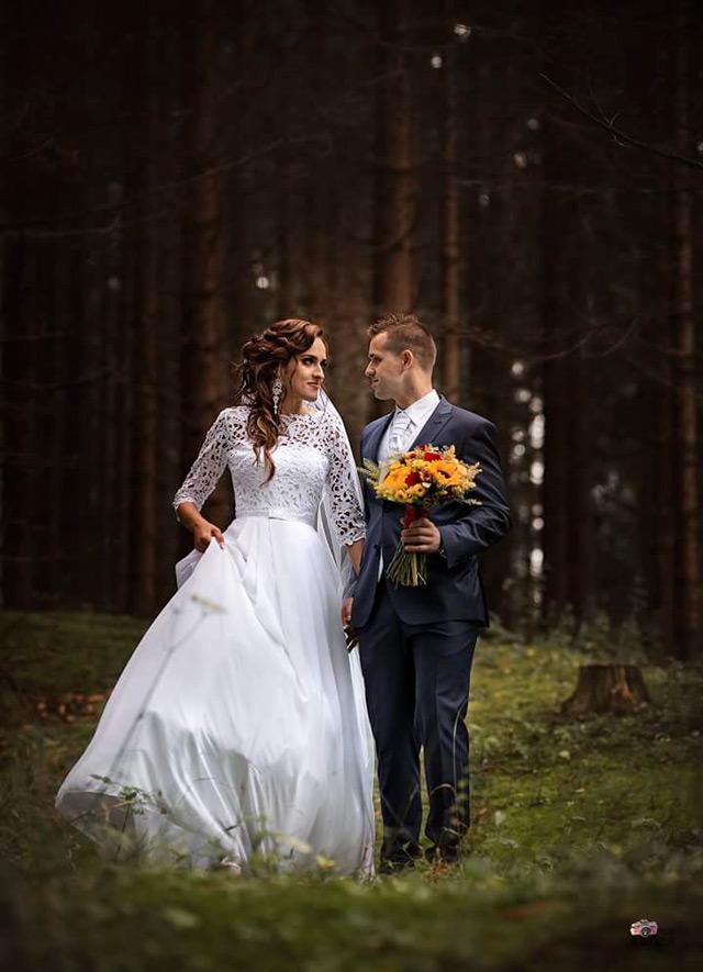 Poladia ušité na mieru vo svadobnom salóne EvaMária