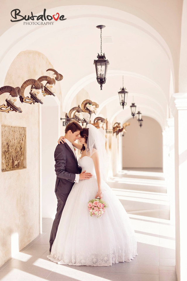 Nevesta vo svadobných šatách Hadassa - Elizabeth
