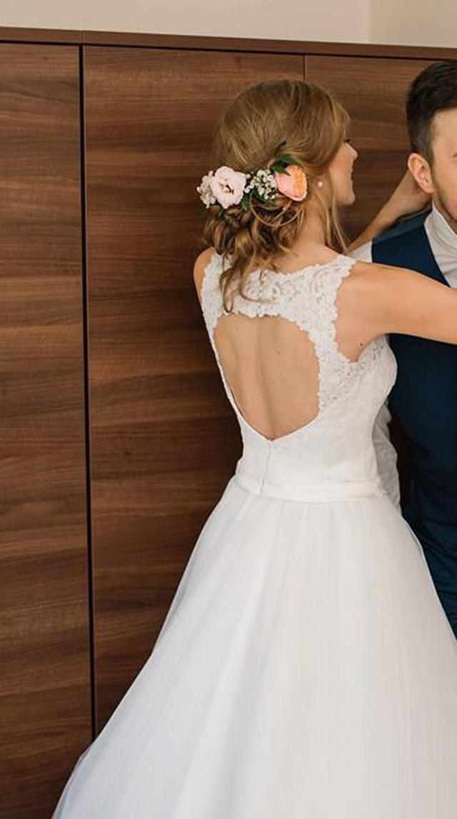 Nádherná nevesta zo svadobného salónu EvaMária