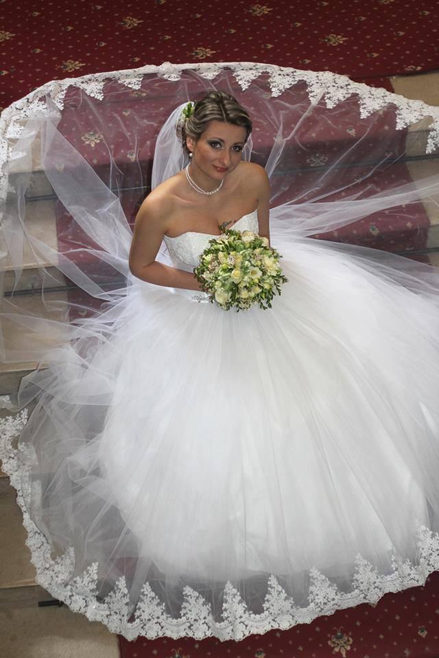 Nevesta vo svadobných šatách Hadassa - Rebeca