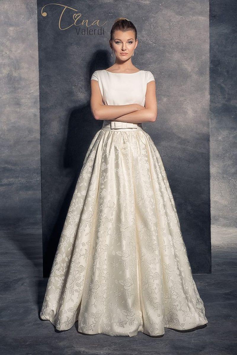 Najkrajšie štýlové svadobné šaty
