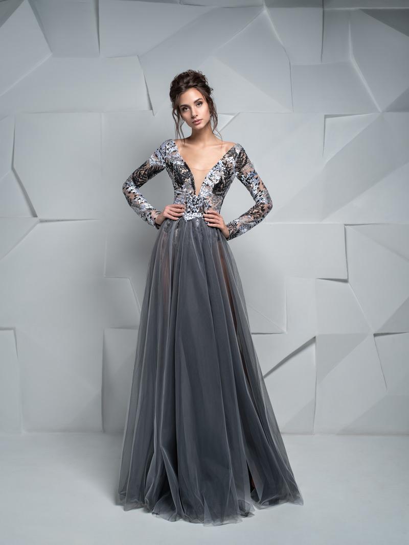 Najkrajšie šaty na stužkovú s dlhými rukávmi