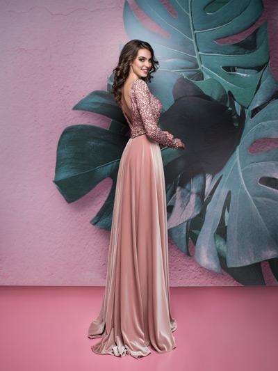 luxusné šaty pre svadobnú mamu so zamatovou sukňou