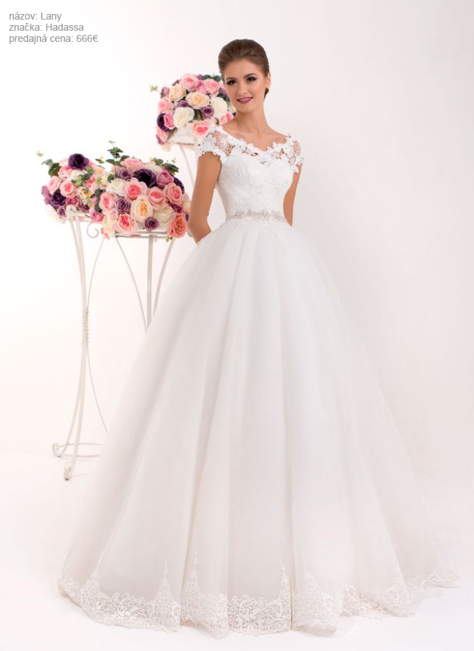 Najkrajšie svadobné šaty so širokou sukňou