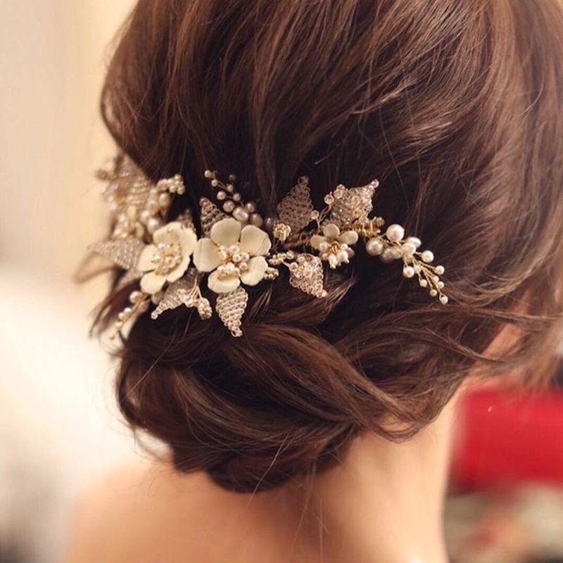 Svadobný účes - svadobné doplnky do vlasov