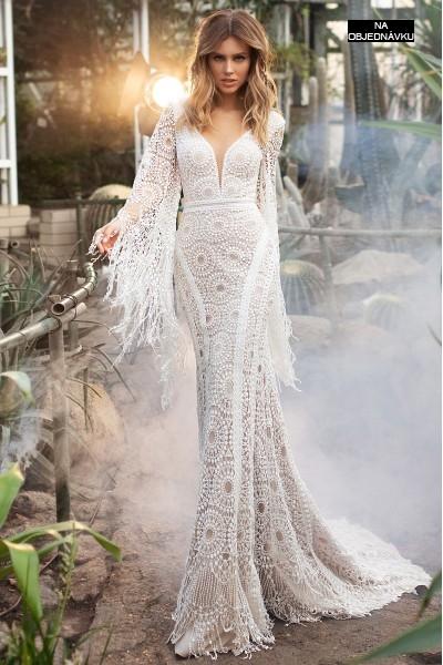 Boho svadobné šaty so strapcami