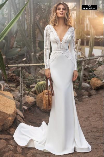 Úzke svadobné šaty s dlhým rukávom