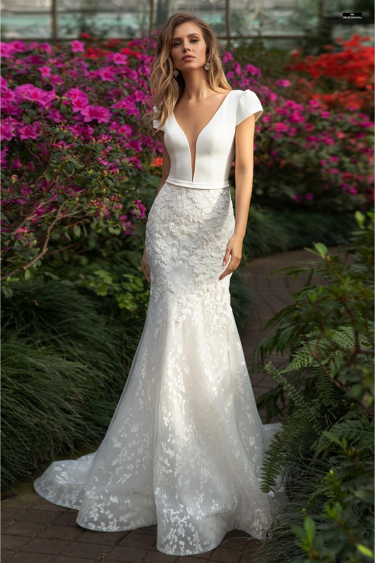 Úzke elegantné svadobné šaty