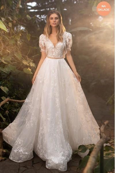 Svadobné šaty s bolerkom