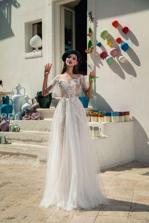 Luxusné jedinečné elegantné trendy svadobné šaty 2019 z luxusných materiálov - boho štýl