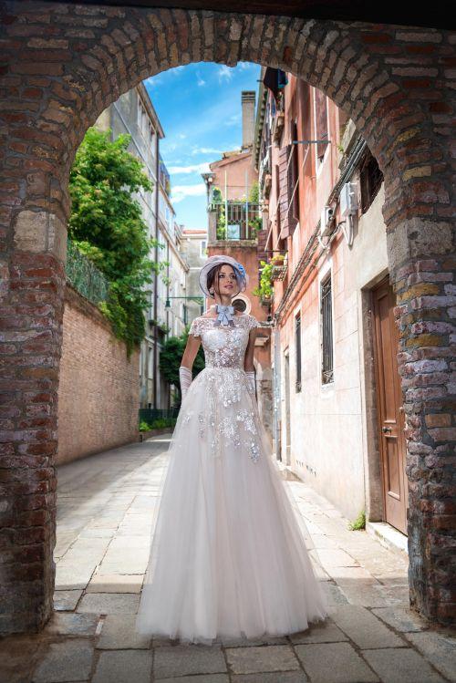 Najkrajšie značkové svadobné šaty 2019