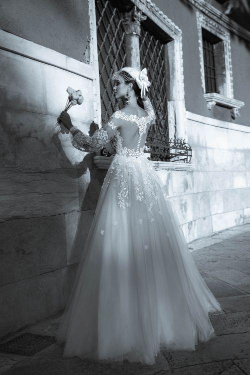 Rozprávkové princeznovské svadobné šaty s dlhými rukávmi 2019