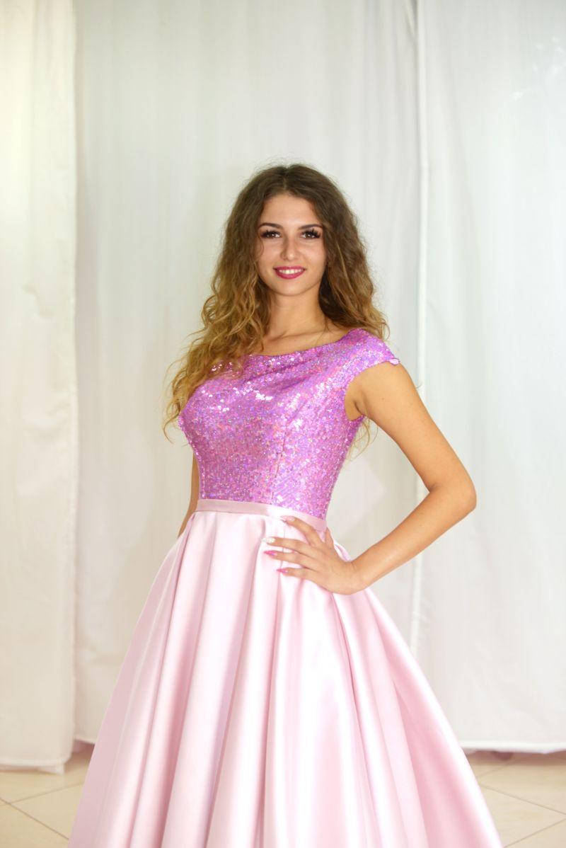 Luxusné šaty na slovenskej Miss