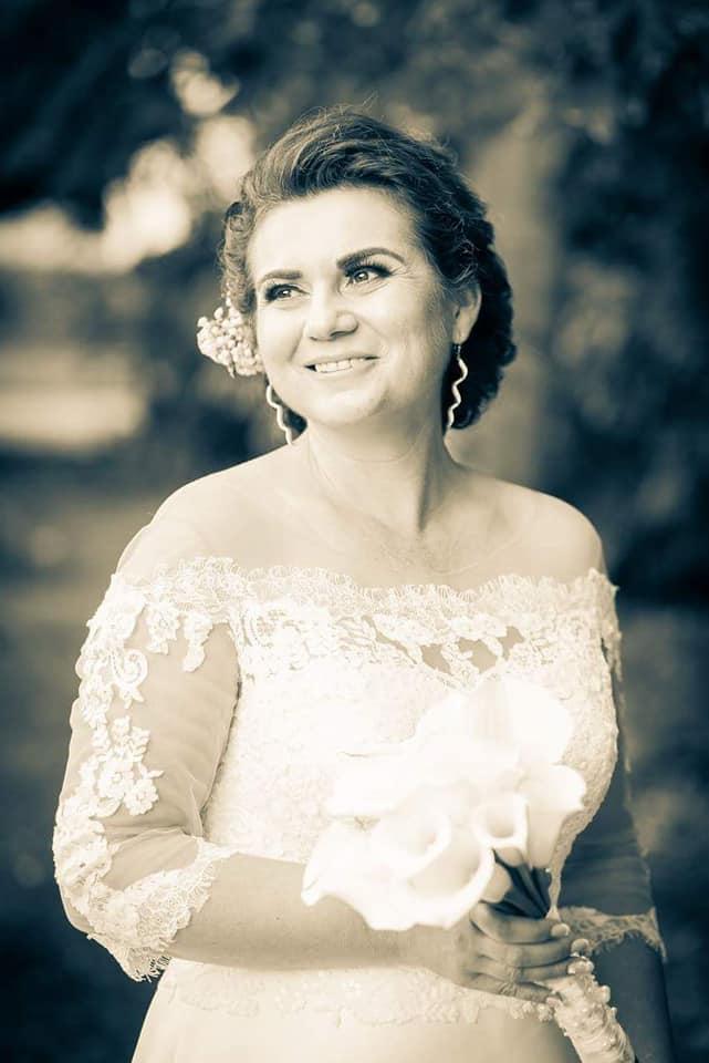 Nádherná nevesta v šatách Margaret zo svadobného centra EvaMária Sereď