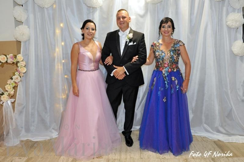 Spokojní zákazníci zo svadobného salónu EvaMária Sereď