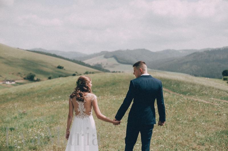 Spokojná nevesta a ženích zo svadobného salónu EvaMária Sereď