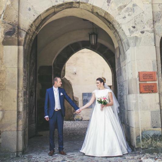 Spokojná Nevesta Viktória zo svadobného salónu EvaMária Sereď