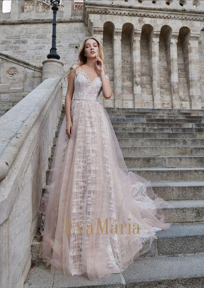 Prekrásne dokonalé luxusné plesové šaty na reprezentačný ples