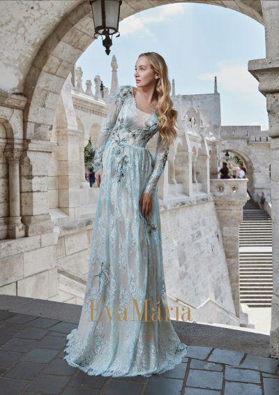 Bleodmodré plesové šaty s dlhými rukávmi v bohoštýle