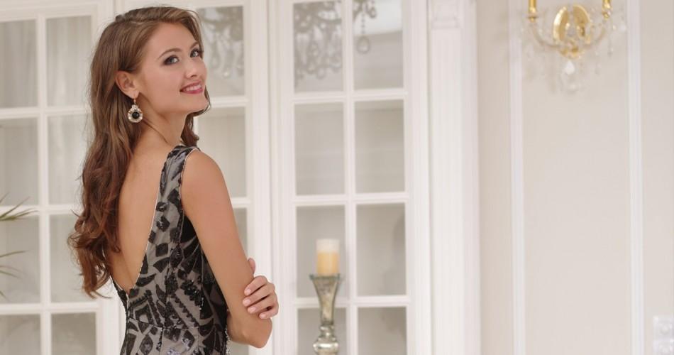 Plesová sezóna začala. Ako si vybrať plesové šaty?